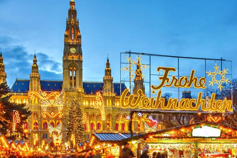 Danube Holiday Markets tour