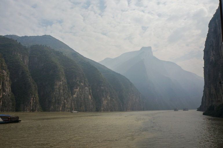 Greenary Mountain River-China-222340-P