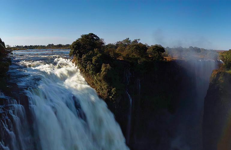 Essential African Safari tour