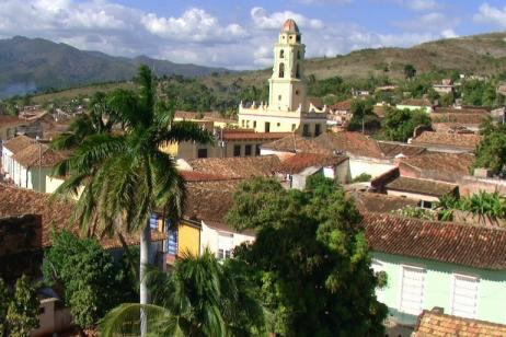 Cuba: Discovering its People and Culture