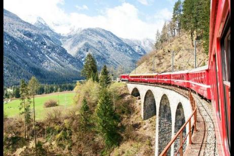 3-Day Swiss Rail Holiday Package: Bernina Express**St. Moritz | Tirano | Lugano** tour