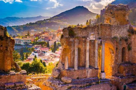Splendid Sicilia featuring Palermo, Siracusa and Taormina
