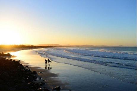 14-Day Australia Classic Tour: Cape Tribulation, Airlie Beach, Byron Bay, Port Macquarie & Blue Mountains**Cairns to Sydney** tour