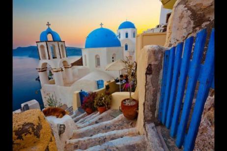 Greek Island Wanderer