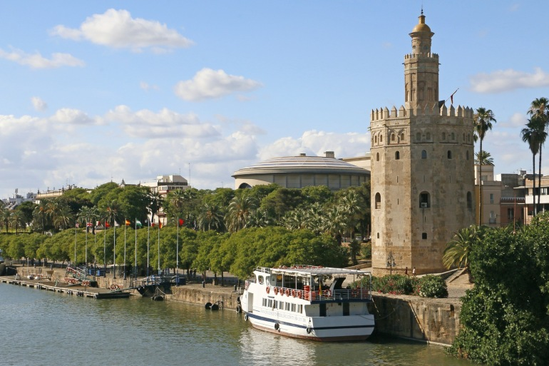 Gold Tower view at Seville, Spain_P