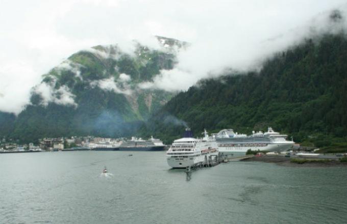 Ultimate Alaska & the Yukon with Alaska Cruise tour