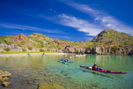 Islands of Loreto Bay Kayak Tour tour