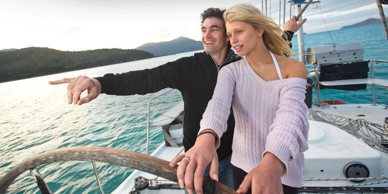 Queensland Sand, Sailing & Dreamtime tour