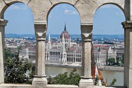 Balkans Encompassed tour