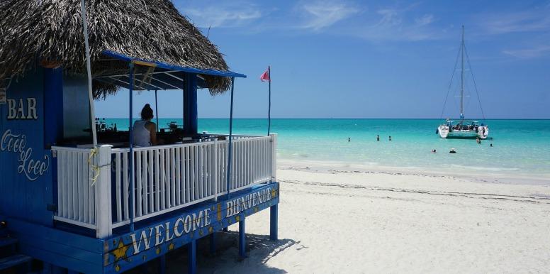 bar near the ocean in Cuba