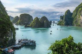 Highlights of Vietnam Highlights of Vietnam tour