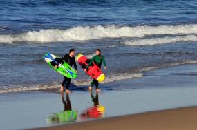 Learn to Surf Package tour