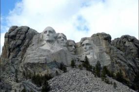 9-Day Yellowstone, Grand Teton, & Mt. Rushmore Tour From San Francisco tour