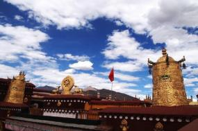 8-Day Lhasa, Gyantse, Shigatse and Namtso Tour**Stay in Comfort Hotel** tour