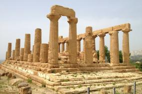 Archaeological Wonders of Southern Italy and Sicily  tour