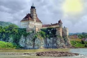 Enchanting Danube tour