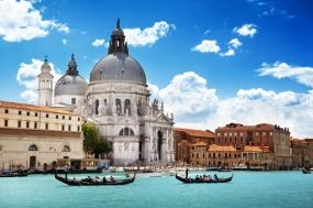 From London to Amsterdam and Venice Tour