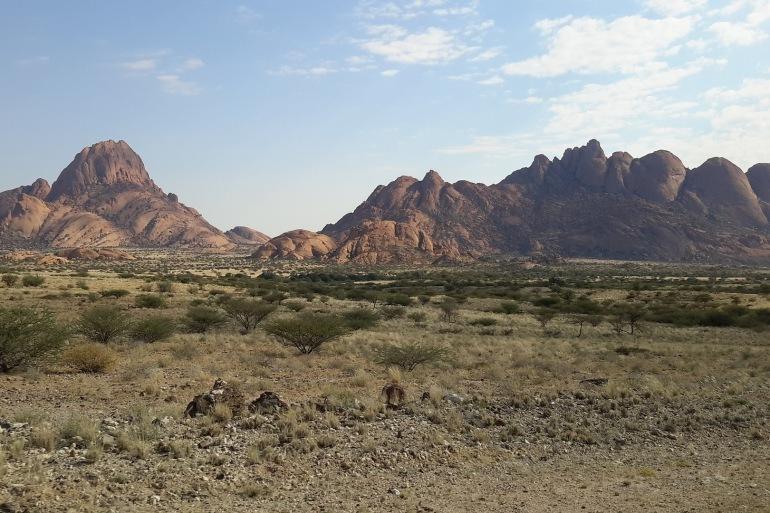 Mountains view in Spitzkoppe-Namibia-938089_P