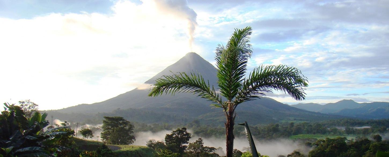 Volcano eruption arenal_Costa Rica-718277_P