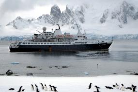 Antarctic Peninsula tour