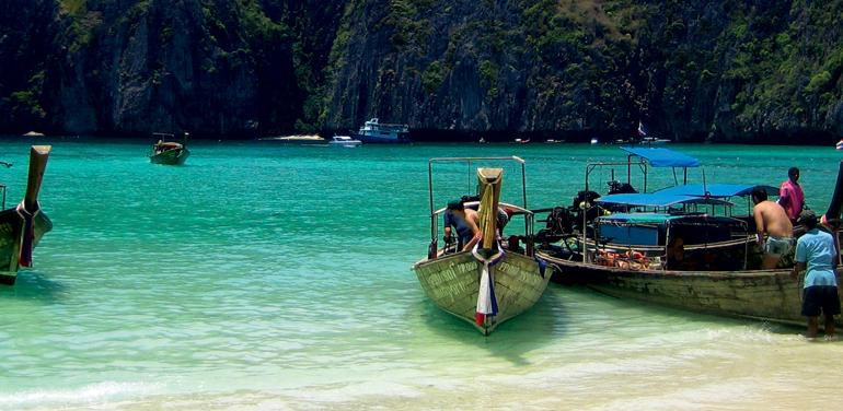 Sail Ko Phi Phi to Phuket tour