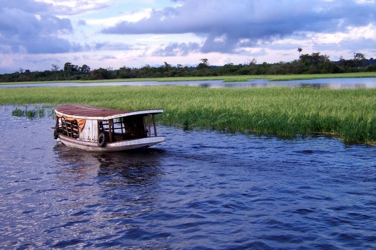 Amazon boat water river-Peru-2327850_P
