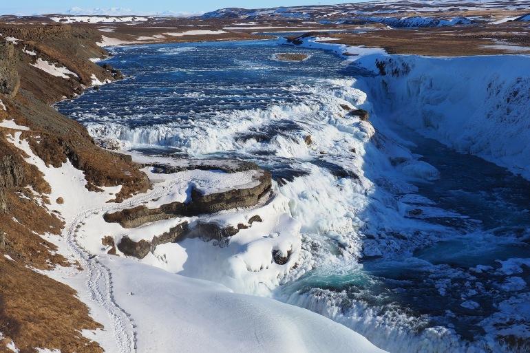 Massive waterfall Gullfoss_Reykjavik-3241997_P