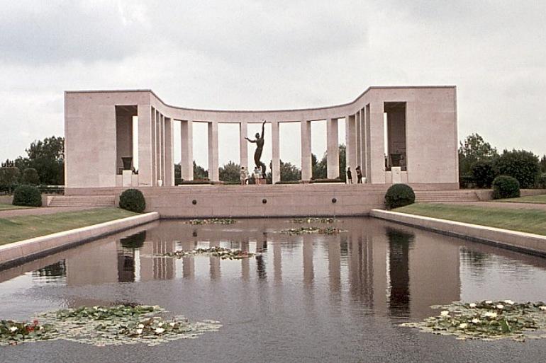 Normandy memorial-France-p