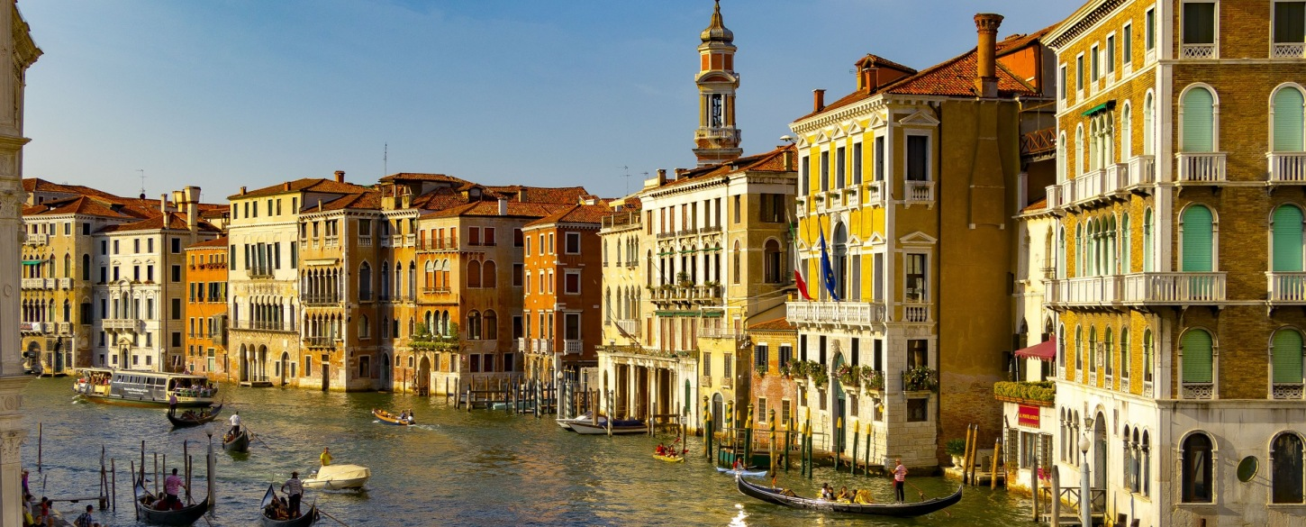 Venice Italy architecture channel-2642242_Italy_P