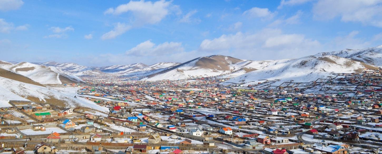 Ulaanbaatar suburb blue grassroots_702353_Mongolia_P