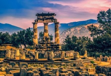 Delphi Attractions