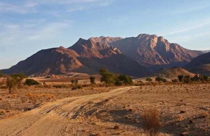 Desert Tracker (25 days) tour