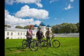 Cycle Russia - Moscow to St. Petersburg tour