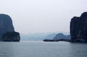 Exploring Vietnam & Cambodia with Luang Prabang tour