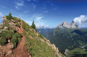 Trekking in the Dolomites tour