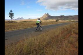 Cycle Madagascar  tour