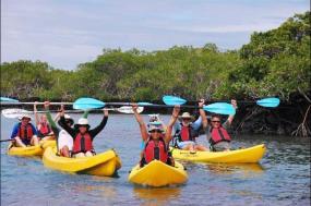 8-Day Galapagos Adventure Tour: San Cristobal - Santa Cruz - Isabela