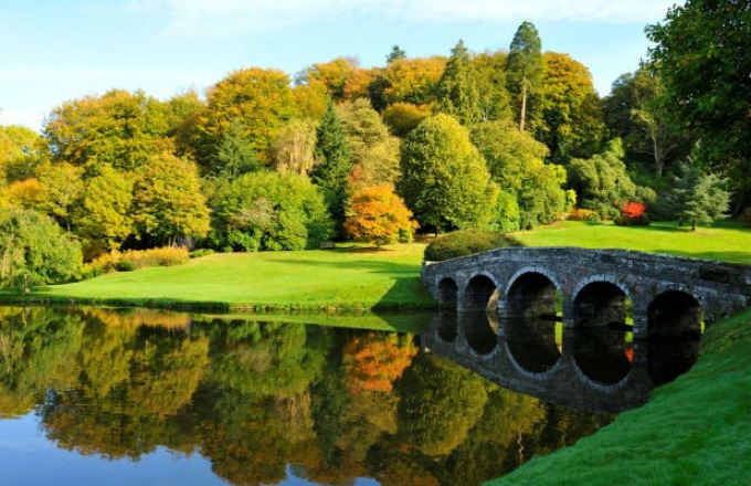 A Cycling Journey: English Villages Along the River Avon tour