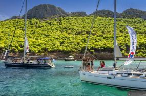 Yolo Yachting - Mykonos to Santorini tour