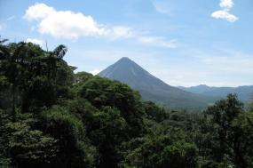 Arenal, Monteverde & Beach tour