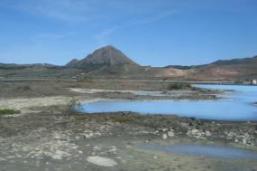 Exploring Iceland tour