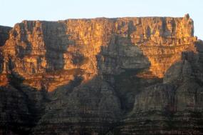 8 Day Cape Town & Sanbona Beach & Bush Experience tour
