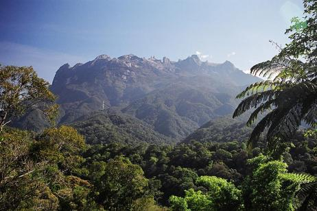 Trails of Borneo tour
