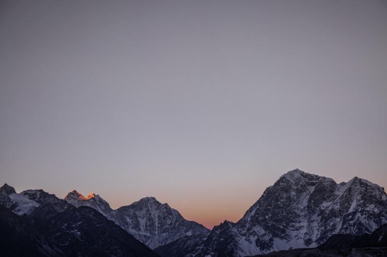 Sun View of Mount Everest Nepal