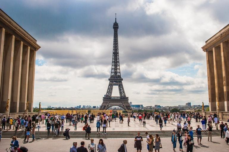 Brilliantly lit Eiffel Tower-Paris_974997_P