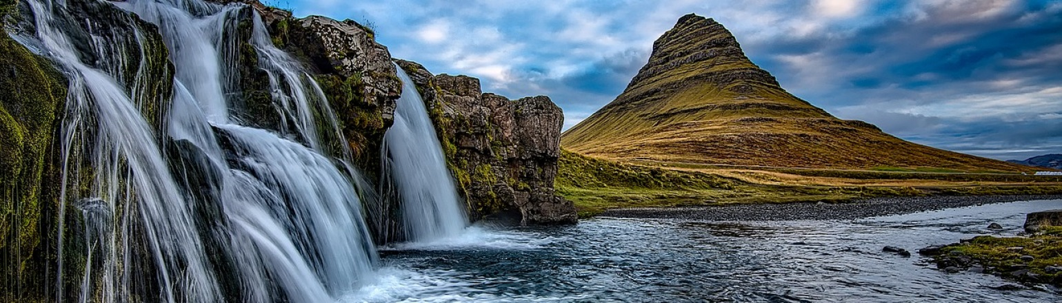 Dramatic waterfalls, top tour activity in Iceland