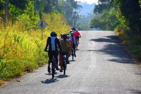 Cycle the Backroads of Sri Lanka tour