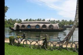 Cycle Kerala & Tropical India tour
