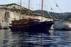 Greek Island Cruising (Antiquity to Byzantium) tour