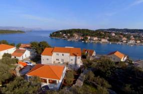 Croatia Yachting Holiday & Island Villa Home Base tour